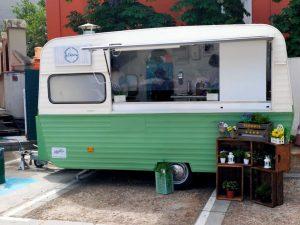 Schiller Madrid evento con food truck - The Vintage Van